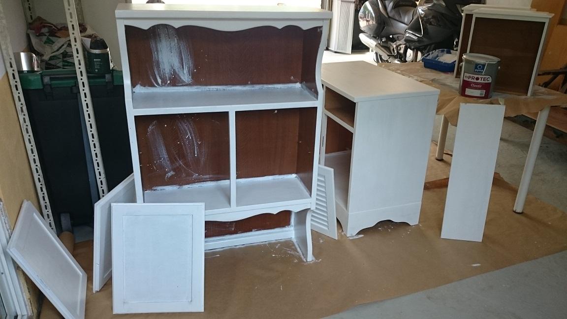 Pintar mueble lacado sin lijar en este podis ver un paso - Lacar una mesa ...